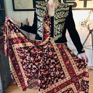 ♥️ St. John ♥️ Black Floral Studded Jacket